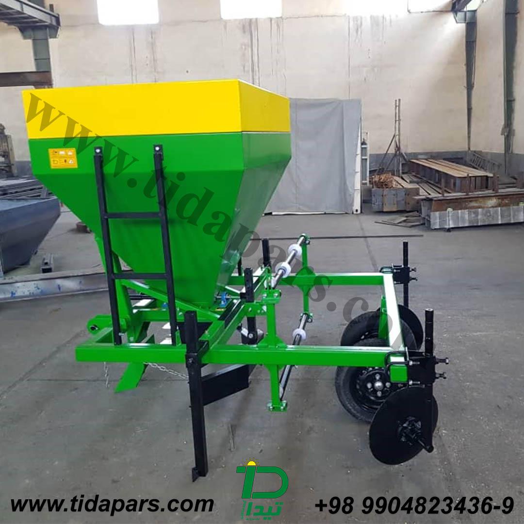 آلة المهاد تيدابارس قد تم تصميمه لتغطية التربة مع وضع المهاد الفيلم