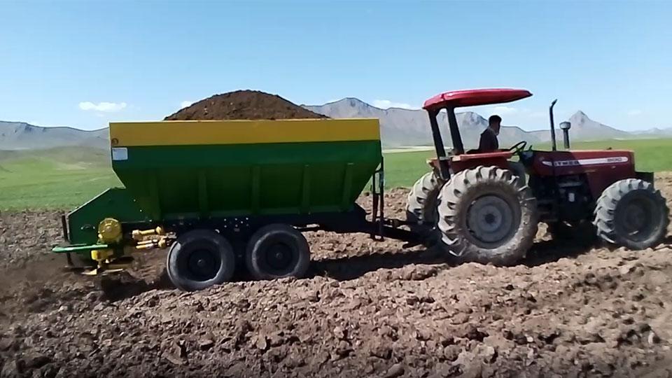ماشینهای زراعی کودپاش