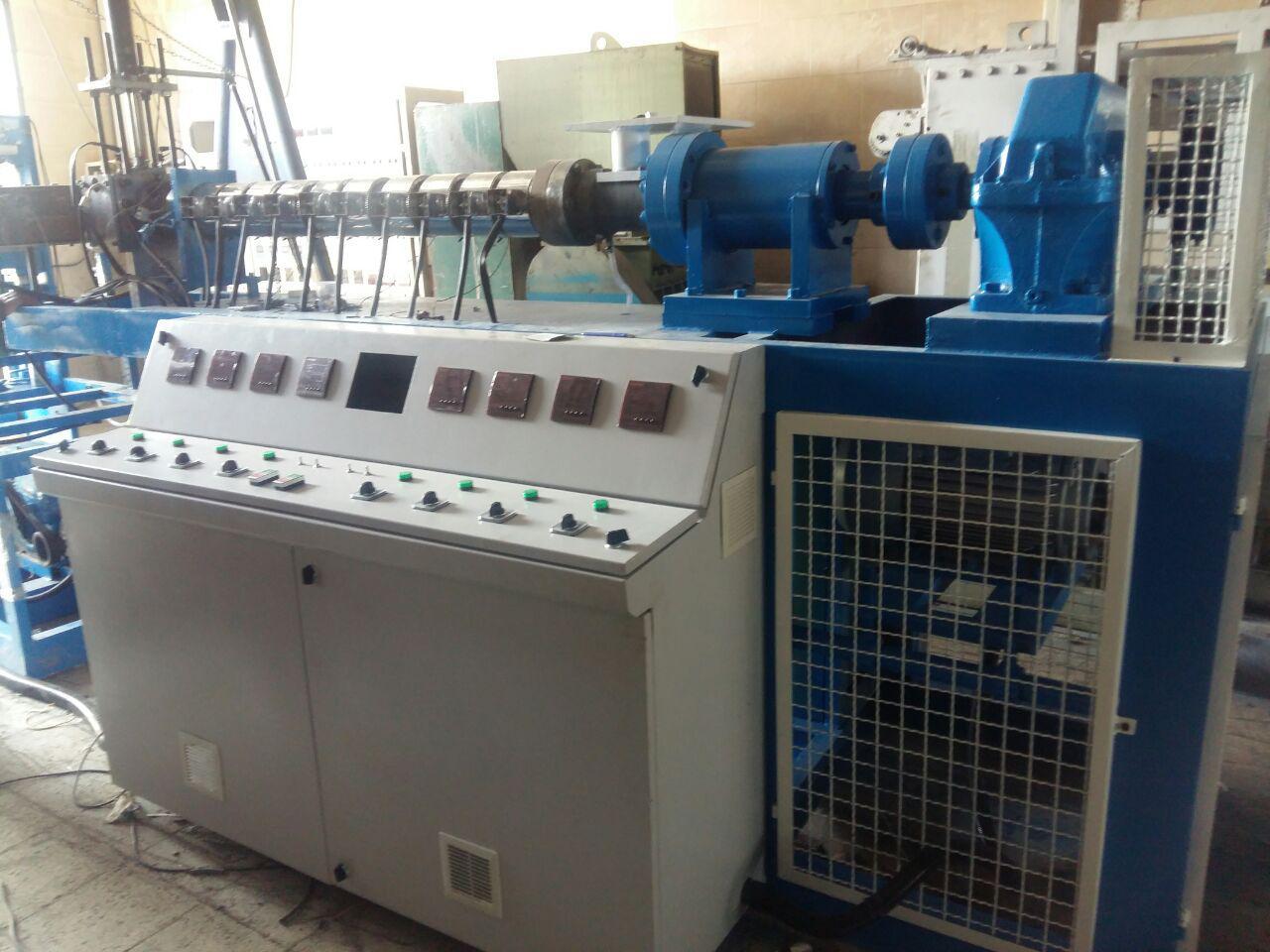 ماشین نیمه فرمینگ تولید سینی پلاستیکی نشا